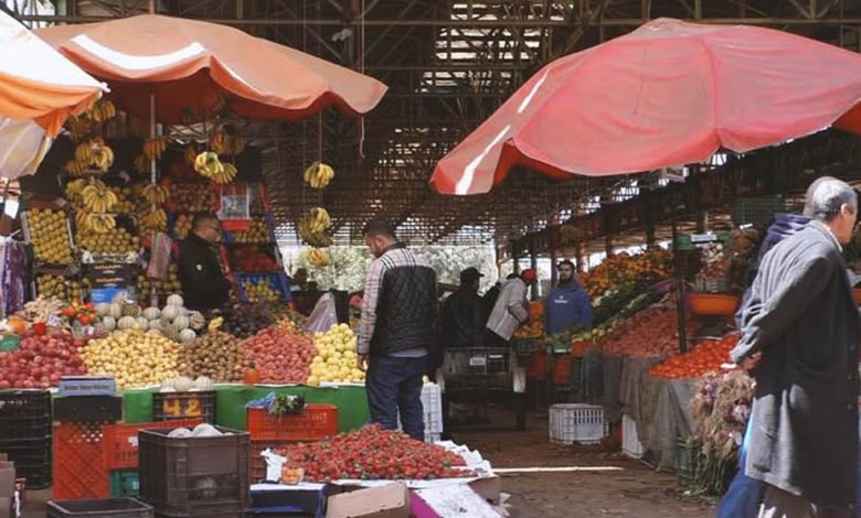 Merchants who sells fresh and generous quantities of fruit and vegetables in the biggest souk in Africa, in Agadir, called Souk El Had