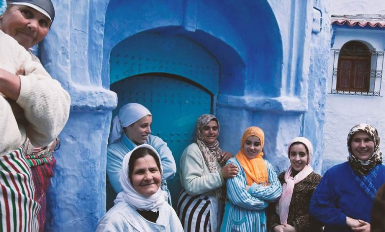 Moroccan women in Chefchaouen, a Moroccan city, one of the most beautiful in the world.