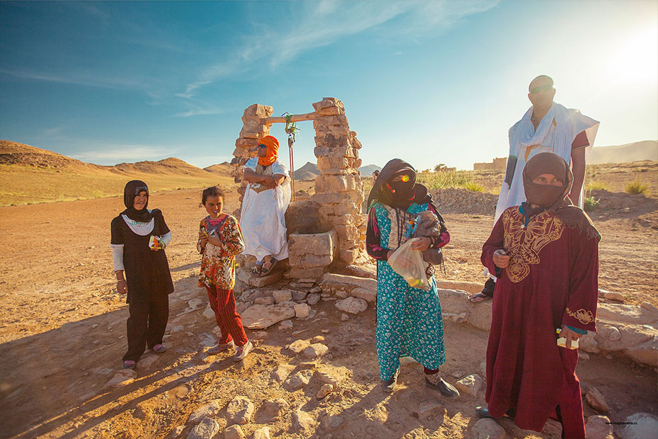 moroccans in the desert